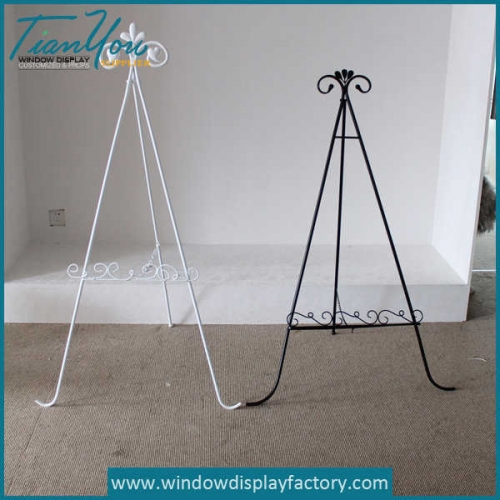 Custom High Quality Metal Tripod Stand Display