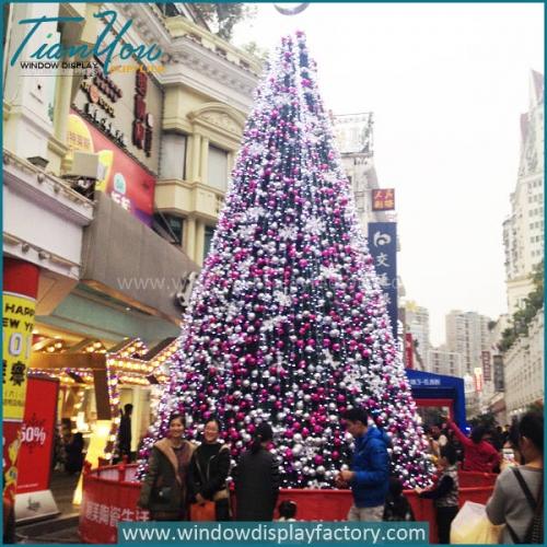 Giant Artificial Balls Christmas Tree Display