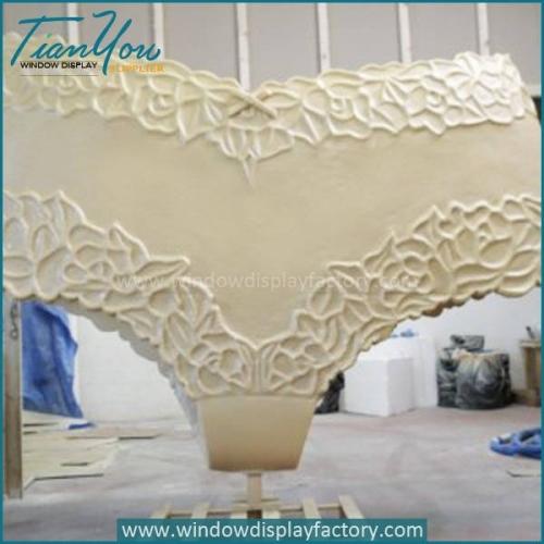 Custom Female Life Size Underpants Display Props