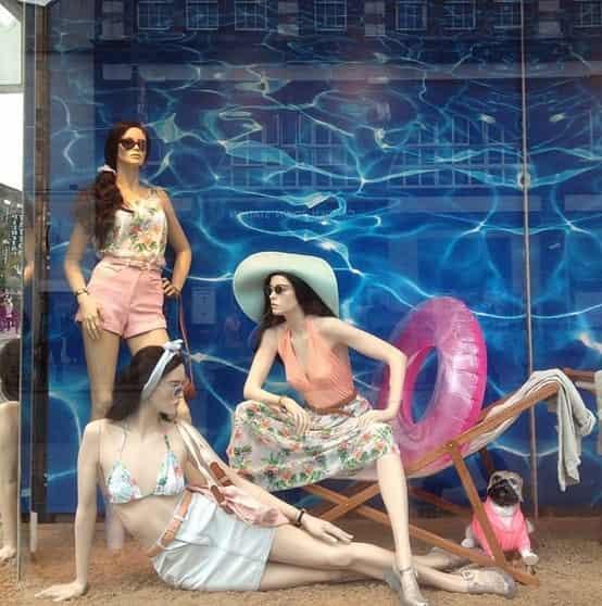 Summer Window Display Ideas